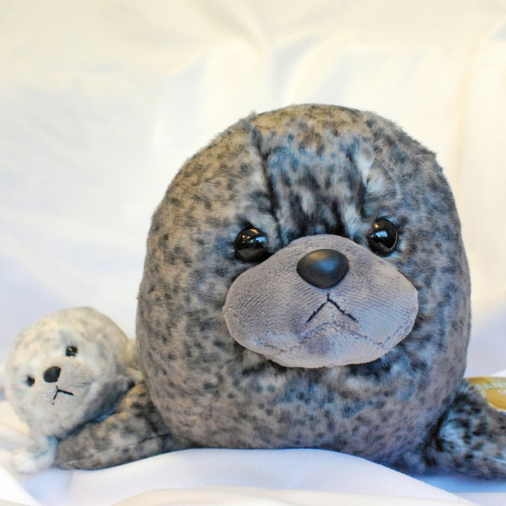 Seal and pup plush